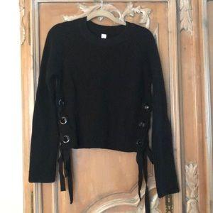 Chunked Black sweater